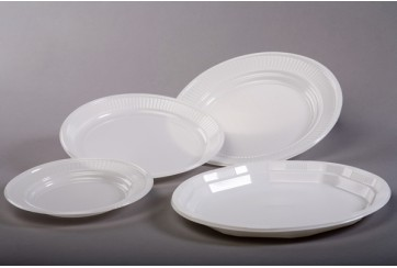 Caja de 2000 Platos plástico blancos 17 cms.